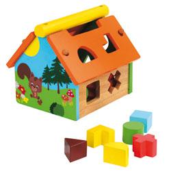 Boite à formes maison en bois