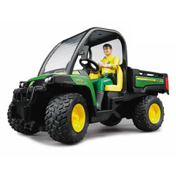 John Deere Gator 855D et son chauffeur