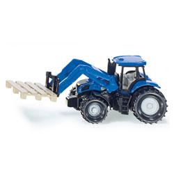 Tracteur avec fourche et palette
