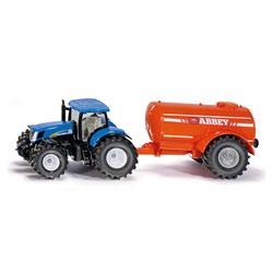 Tracteur New Holland avec réservoir