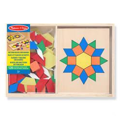 Formes et planches de motifs en bois