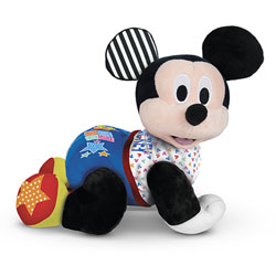Baby Mickey fait du 4 pattes