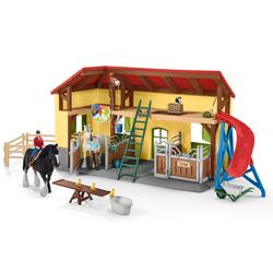 Écurie avec animaux et figurines Horse Club