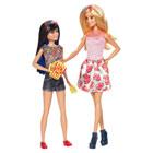 Barbie et sa soeur brune Skipper