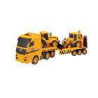 Camion de transport avec véhicules JCB