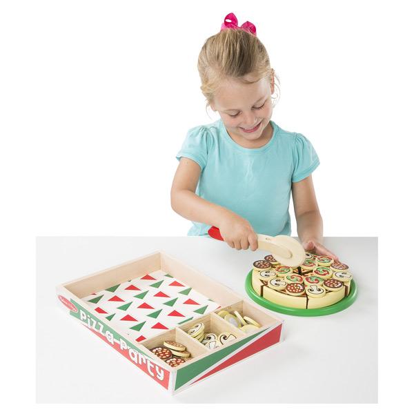 Pizza bois avec garniture