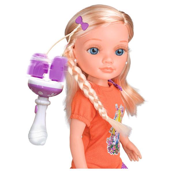 Poupée Nancy blonde avec tresse