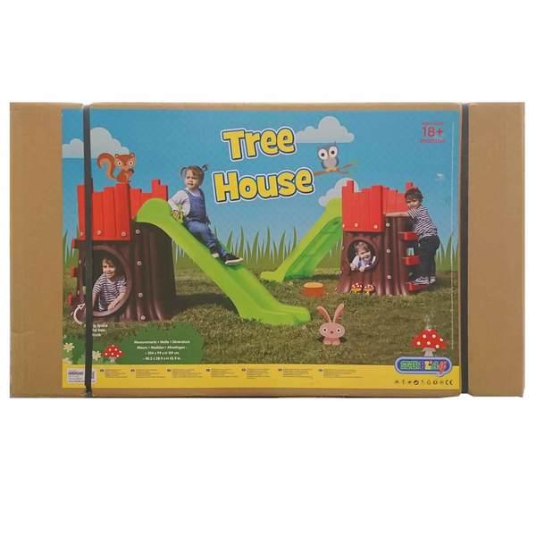 Maison arbre avec toboggan