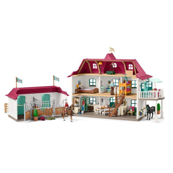 Grand centre équestre avec logement et écurie